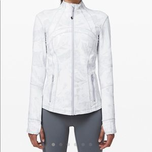LULULEMON DEFINE JACKET LUON